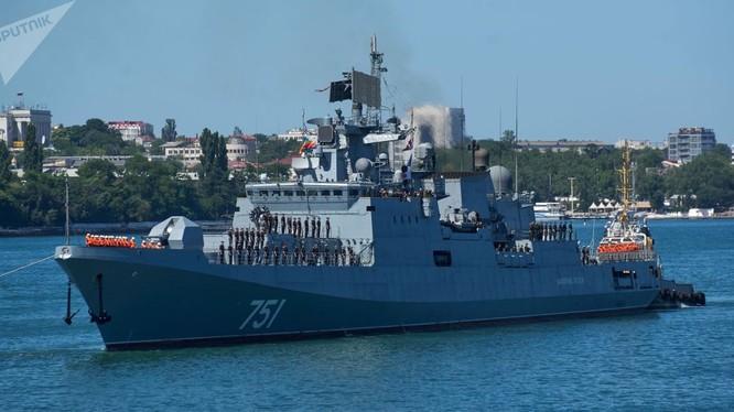 Khu trục hạm Đô đốc Essen mang tên lửa Kalibr đã lên đường tới Syria