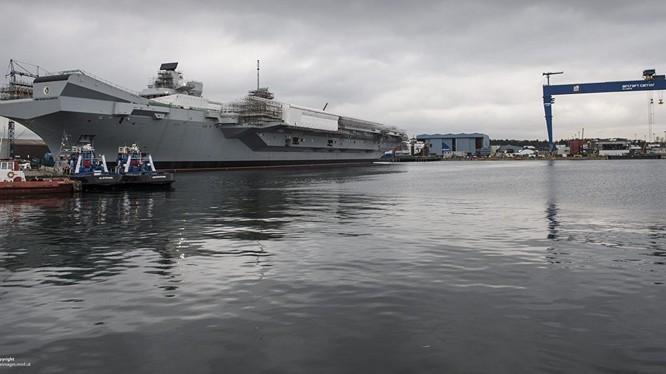 Tàu sân bay mới hạ thủy của hải quân Anh