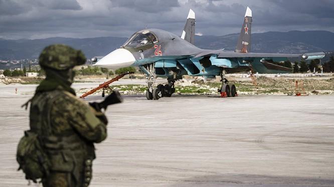 Cường kích Su-34 của Nga tham gia chiến dịch quân sự tại Syria