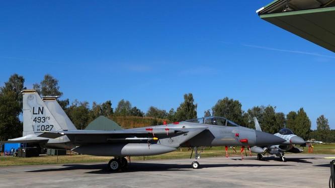 Chiến đấu cơ F-15 Mỹ có mặt tại Litva