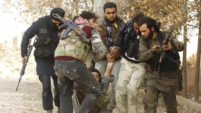 IS đang thất bại liểng xiểng trên nhiều mặt trận cả ở Syria và Iraq
