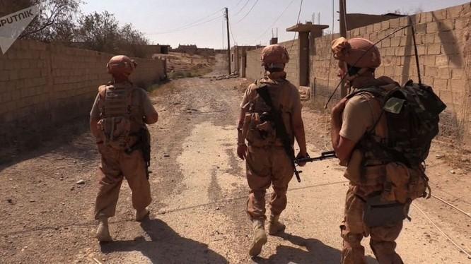 Sau những trận chiến cực kỳ khốc liệt, quân đội Syria với sự trợ giúp của Nga đã giải phóng hoàn toàn thành phố Deir Ezzor