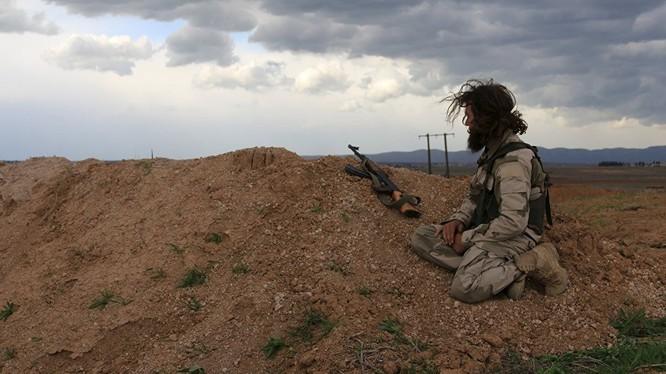 Phiến quân IS đang thất bại trên nhiều mặt trận nhưng vẫn ngoan cố chống cự