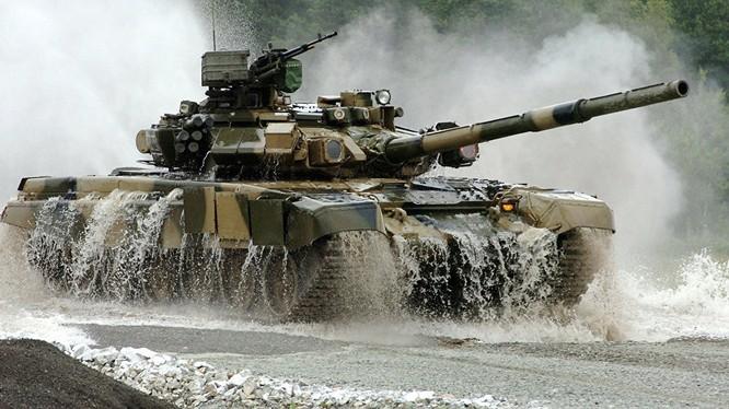 Xe tăng T-90 do Nga sản xuất