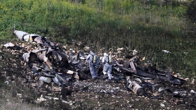 Lần đầu tiên chiến đấu cơ F-16 Israel bị phòng không Syria bắn hạ, đẩy xung đột hai bên vào vòng xoáy nguy hiểm mới