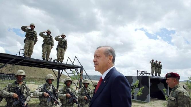 Ông Erdogan ngày càng tỏ ra cứng rắn với Mỹ