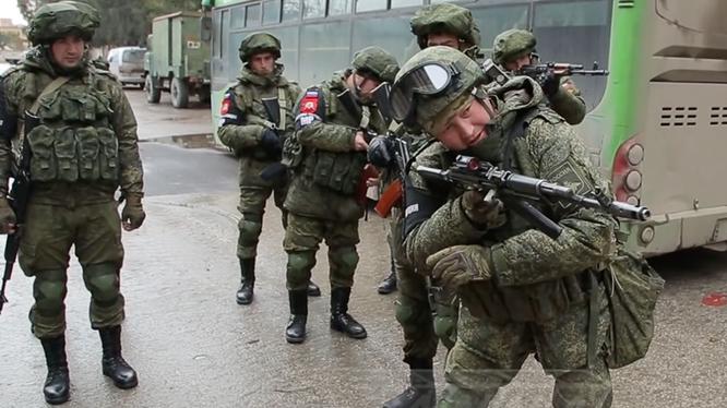 Binh sĩ Nga làm nhiệm vụ tại chiến trường Syria