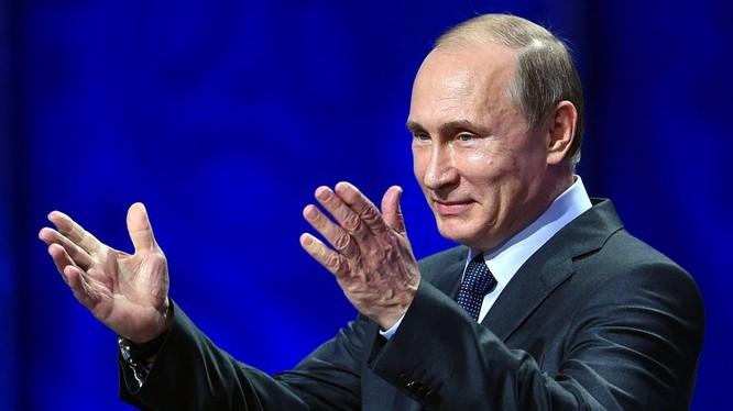 Ông Putin bước vào nhiệm kỳ tổng thống thứ tư