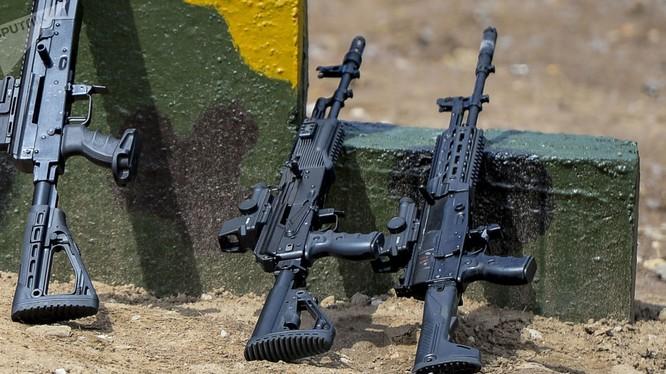 Nga đã cho ra đời nhiều mẫu súng AK mới