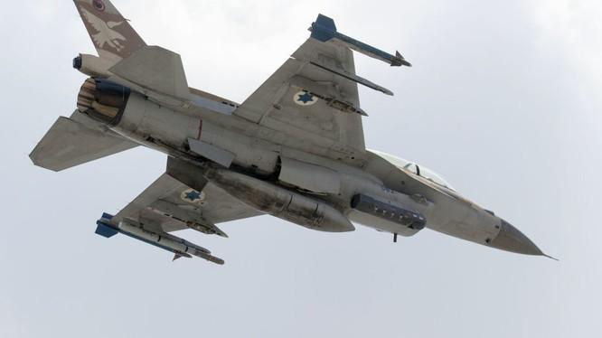 Chiến đấu cơ của không quân Israel đã nhiều lần tấn công vào lãnh thổ Syria
