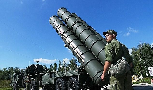 Tên lửa S-400 của Nga tại Syria