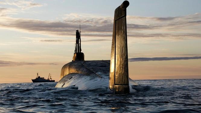 Tàu ngầm hạt nhân mang tên lửa đạn đạo liên lục địa của Nga