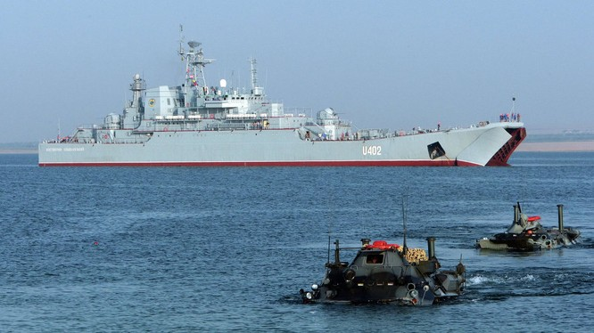 Lực lượng NATO tập trận đổ bộ trên khu vực Biển Đen