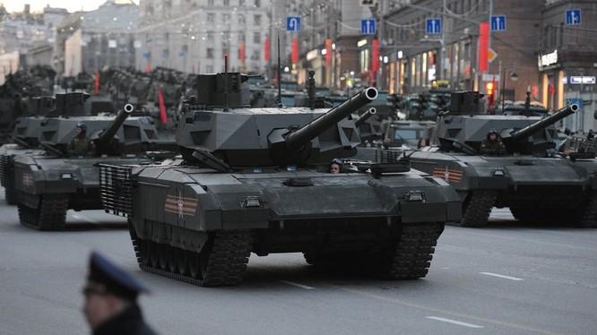 Siêu tăng Armata của Nga trong lễ duyệt binh kỷ niệm Ngày chiến thắng