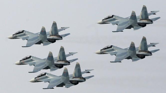 Phi đội chiến đấu cơ của không quân Nga
