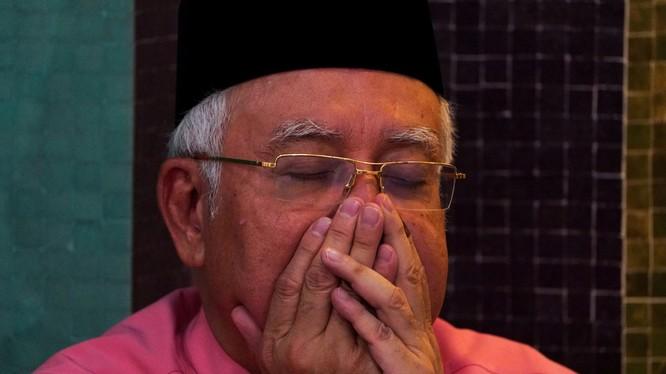 Ông Najib Razak bị cấm rời khỏi đất nước
