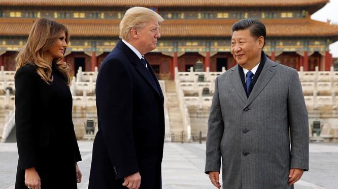 Ông Trump tới thăm Trung Quốc nhưng quyết không nương tay trong các vấn đề khúc mắc với Bắc Kinh