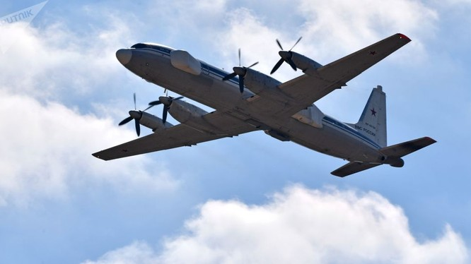 Máy bay tác chiến điện tử Nga
