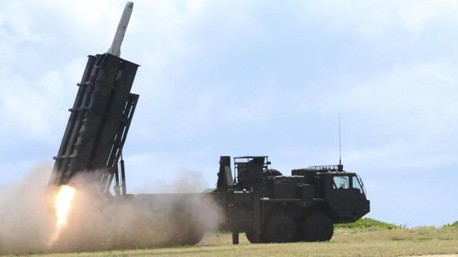 Tên lửa đất đối hạm của quân đội Nhật khai hỏa trong cuộc tập trận RIMPAC hôm 12/7 tại Hawaii