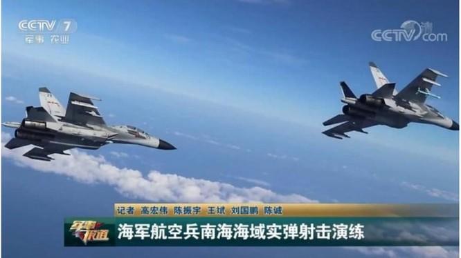 Truyền hình Trung Quốc phát phóng sự chiến đấu cơ nước này tập trận bắn đạn thật ở Biển Đông