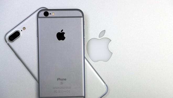 Theo báo cáo của Apple, hơn 3,5 triệu chiếc iPhone đã được tiêu thụ trong kỳ nghỉ vừa rồi, thiết lập kỷ lục mới cho công ty.