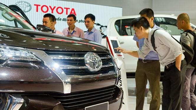 Nhiều mẫu xe Toyota giảm giá khá sâu