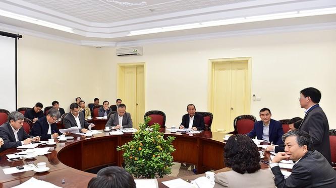 Phó Thủ tướng Thường trực Chính phủ Trương Hòa Bình tại cuộc họp