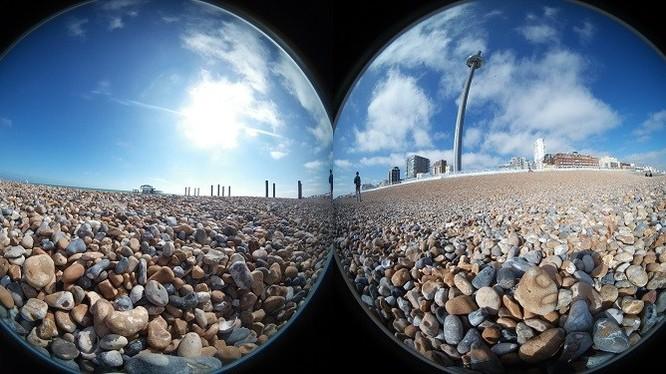 """Đây là những phần của một bức ảnh 360° trước chúng được """"khâu"""" lại với nhau:"""