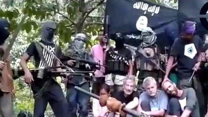 Các thành viên của nhóm Abu Sayyaf. (Nguồn: Philippineslifestyle.com)