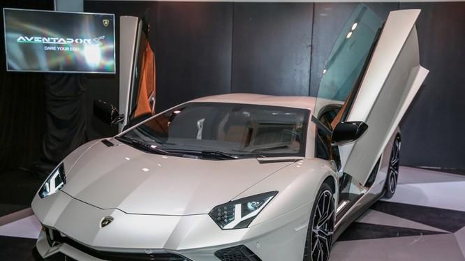 Lamborghini Aventador S ra mắt tại Malaysia.