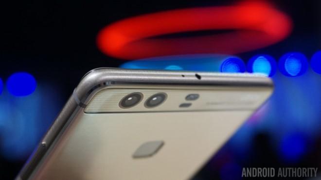 Dual camera đang được trang bị trên một số dòng sản phẩm cao cấp. Ảnh:Android Authority.