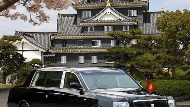 Toyota Century Royal được độ riêng cho Hoàng gia Nhật Bản. Ảnh:Innermobil.