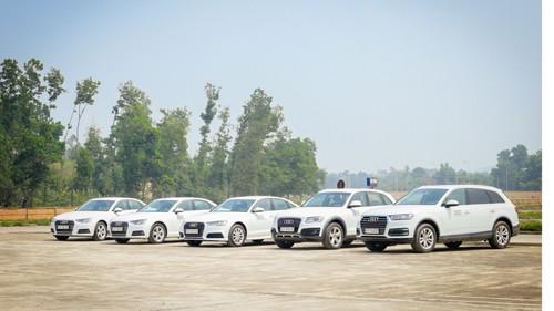 """""""Nhà nhập khẩu chính hãng Audi tại Việt Nam, chi nhánh Audi Hà Nội và Ủy ban Quốc gia APEC 2017 đang phối hợp để có một sự kiện APEC thành công tại Việt Nam"""", ông Laurent Genet - Tổng giám đốc, nhà nhập khẩu chính hãng Audi tại Việt Nam chia sẻ.."""