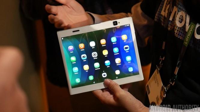 Nguyên mẫu tablet có thể gấp lại của Lenovo
