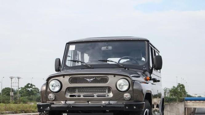 Xe Nga khó được miễn thuế khi vào Việt Nam.