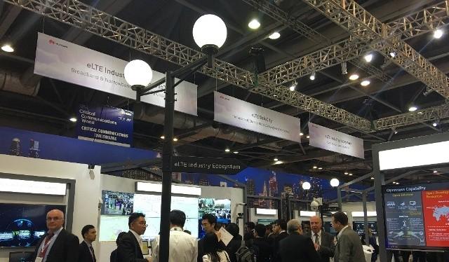 Khu trưng bày giải pháp eLTE SafeCity của Huawei tại CCW 2017