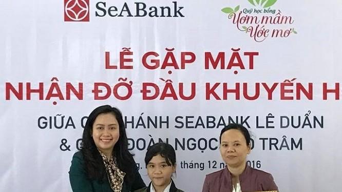 SeABank trao học bổng Ươm mầm ước mơ cho trẻ em hiếu học tại Đà Nẵng