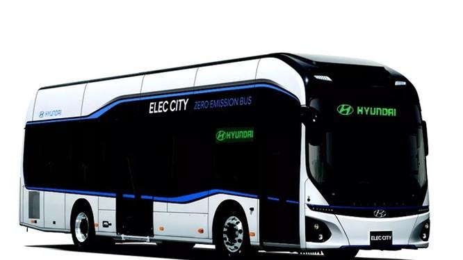 Xe buýt điện của Huyndai có thể đi gần 300 km, sạc pin chỉ trong 1 giờ