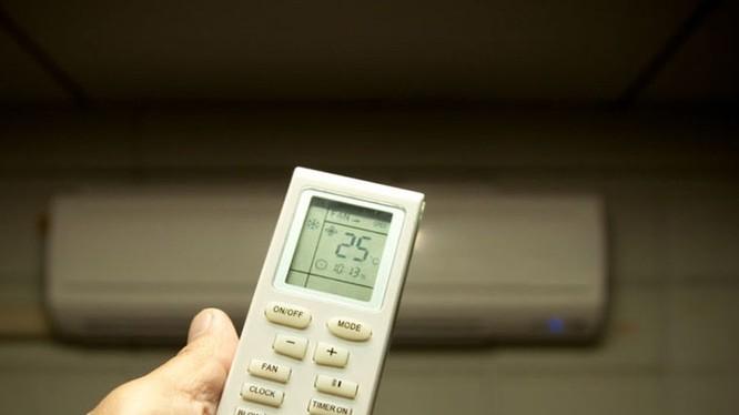 Những lưu ý quan trọng trong việc sử dụng máy lạnh trong mùa nắng nóng.