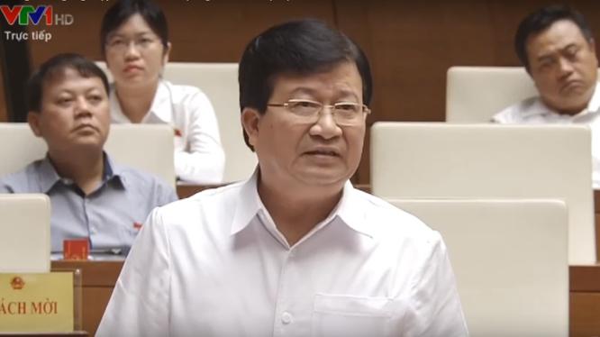 Phó Thủ tướng Trịnh Đình Dũng tại phiên trả lời chất vấn sáng 13/5/2017.