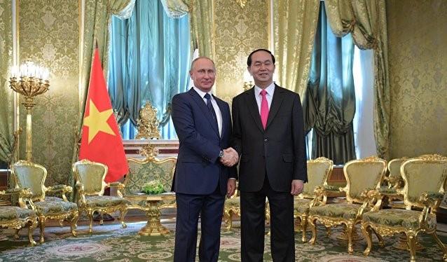 Chủ tịch nước Trần Đại Quang và Tổng thống Nga Vladimir Putin tại điện Kremlin