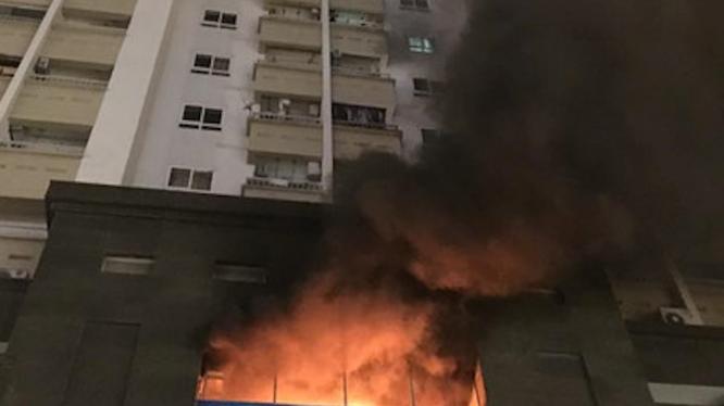 Cháy Chung cư Vimeco đường Nguyễn Chánh, Hà Nội