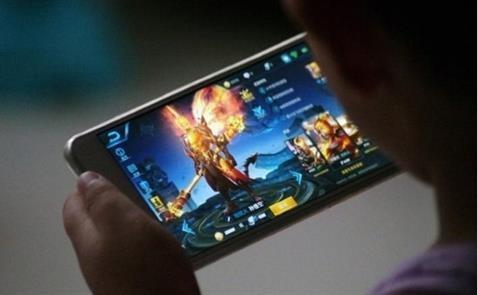 Chính phủ Trung Quốc yêu cầu các nhà phát triển game phải đưa ra biện pháp giới hạn thời gian chơi của các game thủ, nhằm bảo vệ sức khỏe. Nguồn ảnh: hwupgrade.it