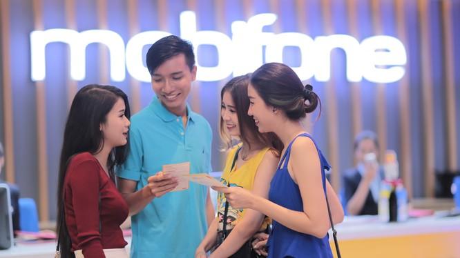 Các doanh nghiệp viễn thông lớn tại Việt Nam hiện đang tăng cường thúc đẩy việc triển khai cung cấp dịch vụ 4G trên phạm vi toàn quốc. Ảnh minh hoạ