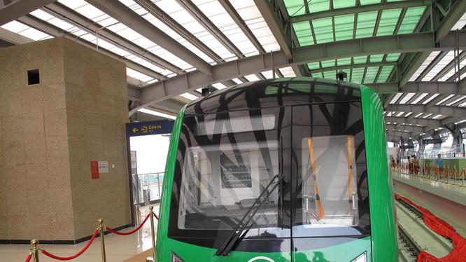 Đường sắt Cát Linh - Hà Đông tiếp tục chậm tiến độ.