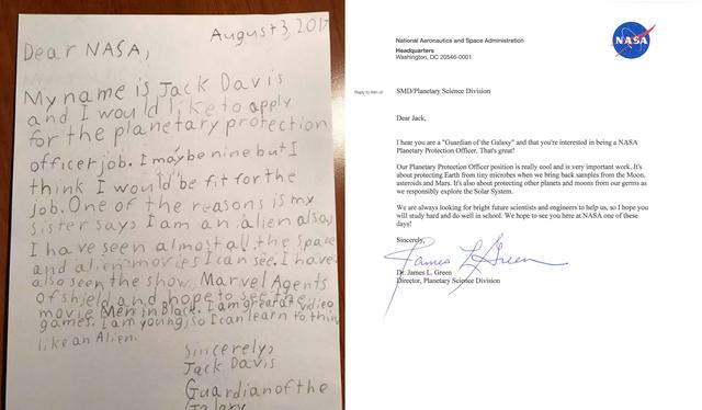 Bức thư viết tay của cậu bé, và lá thư đáp trả từ NASA.