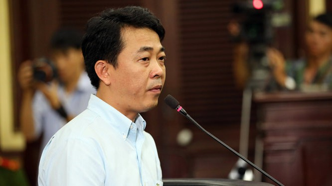 Ông Nguyễn Minh Hùng tại phiên tòa xử vụ án VN Pharma - Ảnh: HỮU KHOA