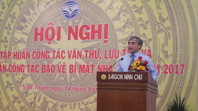 Thứ trưởng Nguyễn Minh Hồng phát biểu khai mạc Hội nghị. Nguồn: Bộ TT&TT