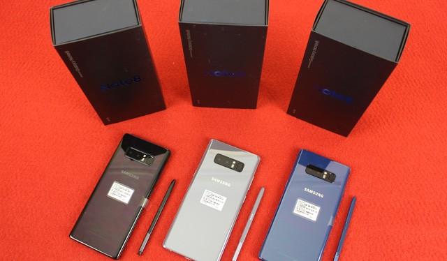 Galaxy Note8 xách tay ồ ạt về VN