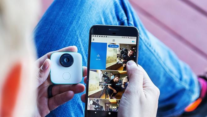 Google Clips là chiếc camera có AI từ Google. Ảnh:The Verge.